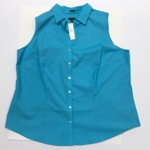 NWT Sleeveless blouse sky blue 18W by Talbots
